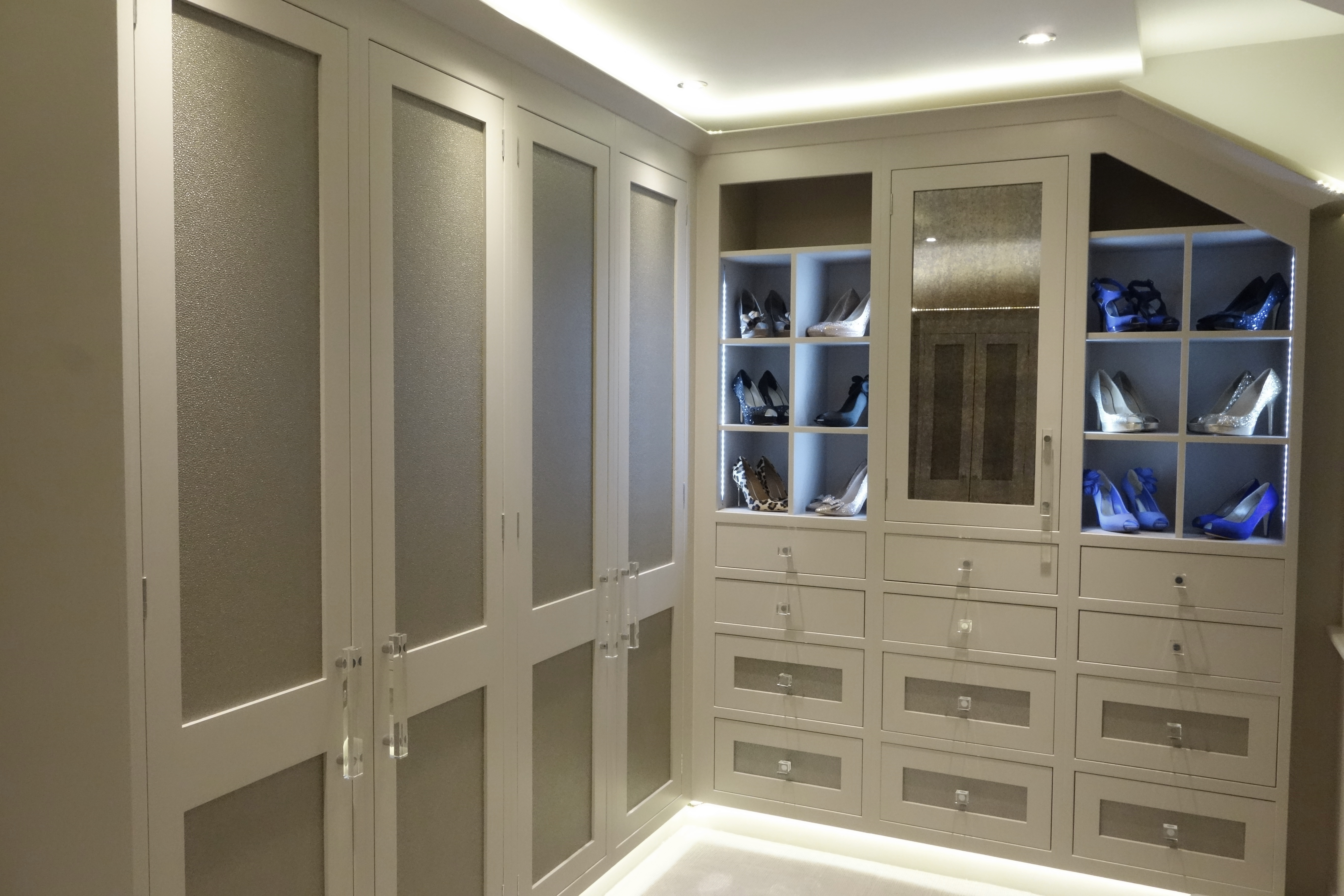 york interior design, Interior Design York, york interior designers, york interior designer, interior designer york, interior design york, interior designers york, york architects, Interior Design - York, walk in wardrobes, walk in wardrobe, luxury walk i